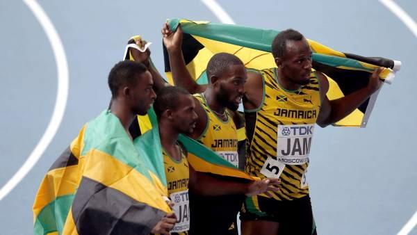 Usain Bolt y el equipo de 4x100