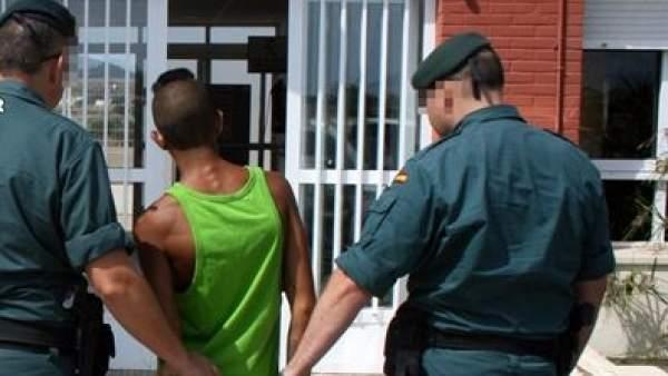 Cuatro guardias civiles son condenados a diez años de cárcel por torturar a dos detenidos