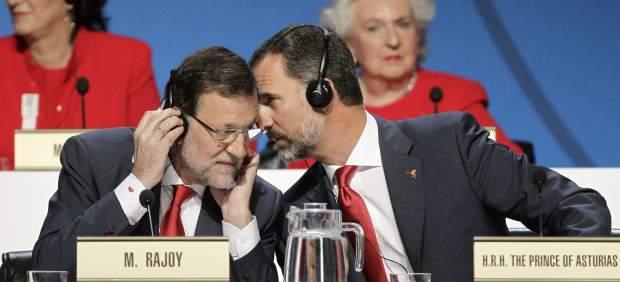 Rajoy y el príncipe conversan