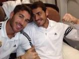 Sergio Ramos y Casillas bromean