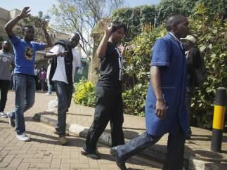 Rehenes liberados en Nairobi