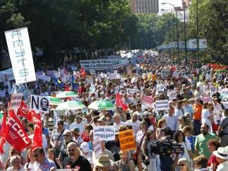Miles de personas en la 'marea blanca'
