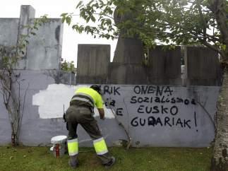 Pintadas en favor de ETA