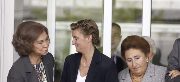 La Reina Sofía, junto a la Infanta Margarita y su hija María Zurita