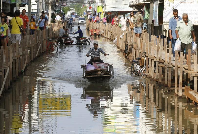 Las inundaciones en Tailandia provocan al menos 22 muertos