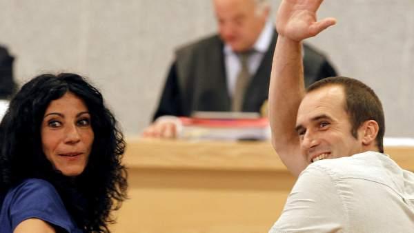 Txeroki, junto a Leire López, durante su juicio en la Audiencia Nacional