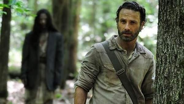 Llega a EE UU la temporada más sangrienta de \'The Walking Dead\'