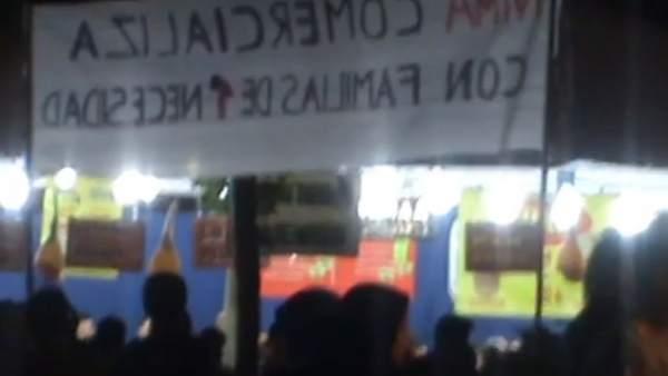 Manifestantes en las fiestas de San Nicasio