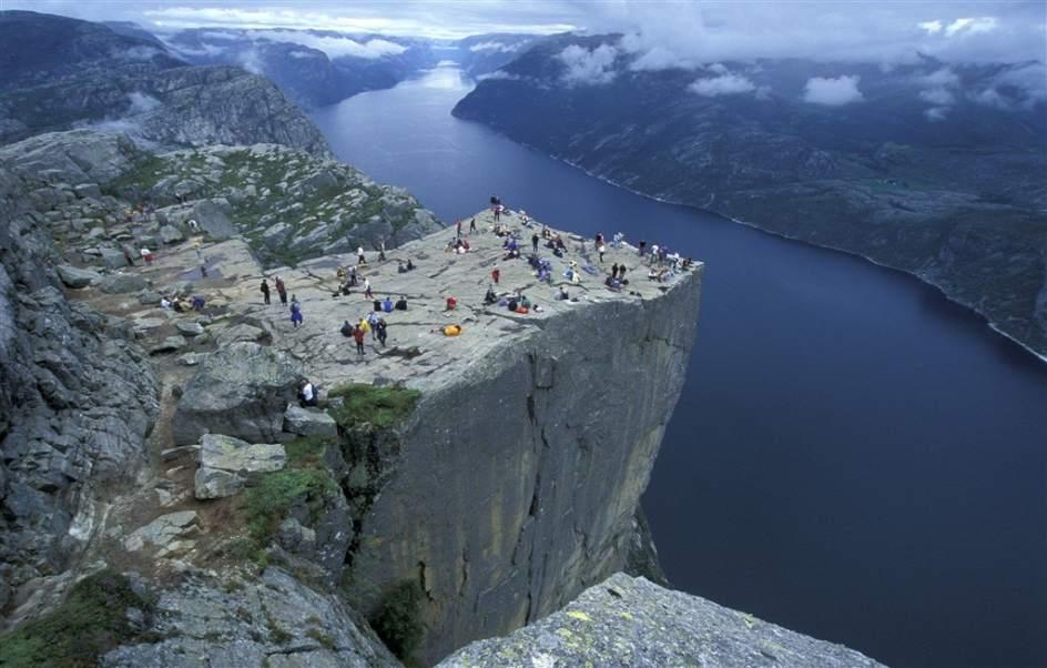 Un espa ol muere en los fiordos noruegos al caer desde el for Oficina de turismo de noruega