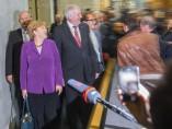Angela Merkel se reúne con los Verdes