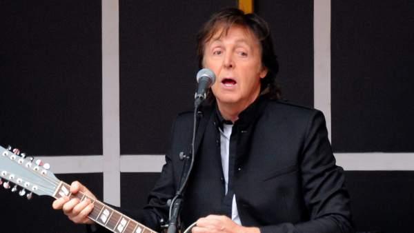 Paul McCartney en el concierto sorpresa de Times Square, Nueva York