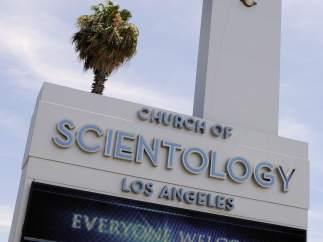 Vista frontal de una Iglesia de la Cienciología en Los Angeles, California (EE UU).