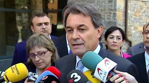 """Artur Mas no acudió al acto """"por dignidad"""""""