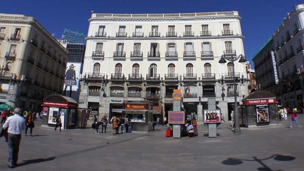 El ayuntamiento de madrid entrega la licencia para for Cartel tio pepe madrid