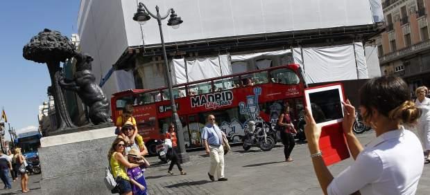 La nueva oficina de turismo de la puerta del sol ha for Oficina de empleo aranjuez