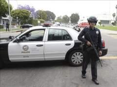 La Policía de Tampa (EE UU) escolta a niños ante un posible asesino en serie