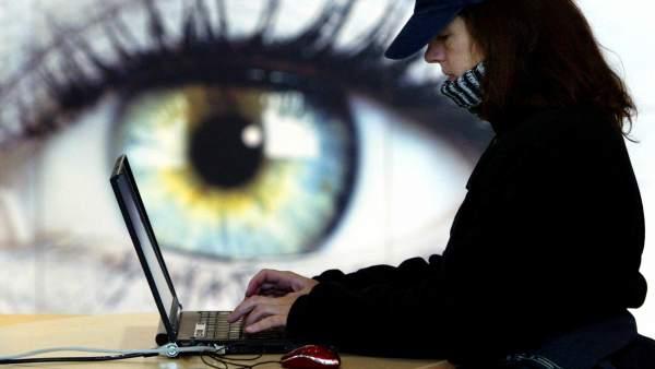Un potente ordenador a manos de un experto informático podría escuchar cualquier conversación