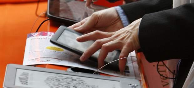 Más del 80% de españoles ya lee en formato digital y el 48% no compra ebooks en Internet