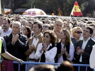 Políticos presentes en la protesta de la AVT