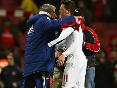 Mourinho y Özil