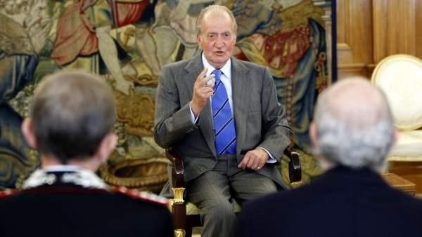 El rey recibe en audiencia a la Asociación de Fuerzas de Gendarmería Euromediterráneas