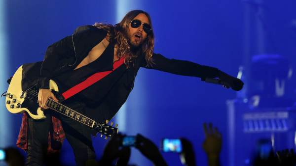 Jared Leto en un concierto de Thirty Seconds to Mars