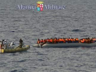 Rescatados frente a Lampedusa