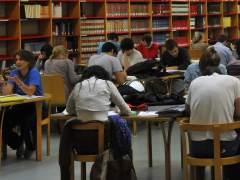 El 40% de universitarios estudia gracias a fondos propios