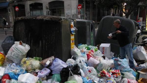 Montañas de basura en el centro