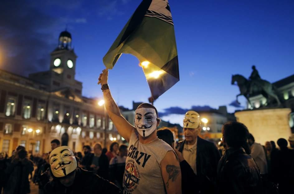 Marcha del millón de máscaras en Sol