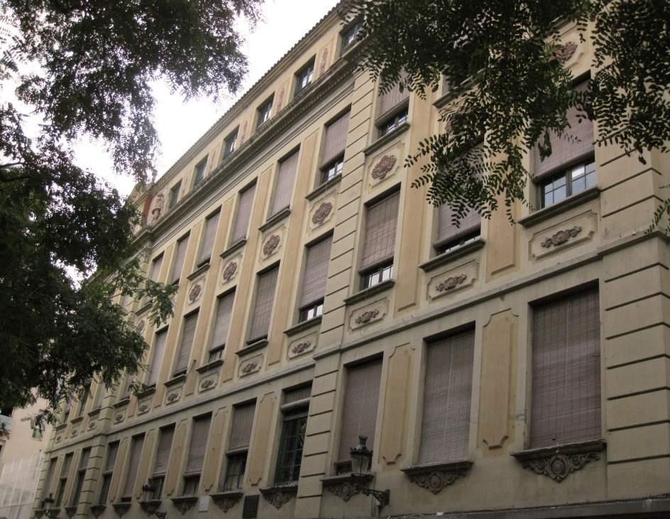 Ofensiva per a la rehabilitaci d 39 una vintena d 39 escoles for Escoles de disseny d interiors a barcelona