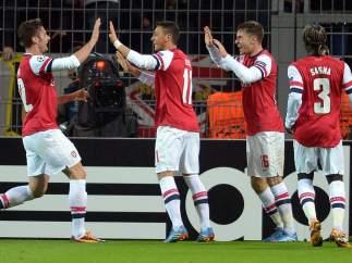Ramsey, Özil, Giroud y Sagna, del Arsenal