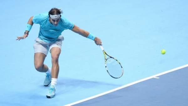 Nadal pasa invicto a semifinales del torneo de Maestros y evita a Novak Djokovic hasta la final