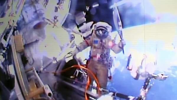 Paseo de la antorcha olímpica por el espacio