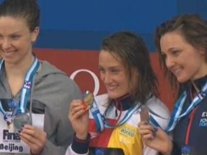 Mireia Belmonte y Melani Costa, oro y bronce en Pekín