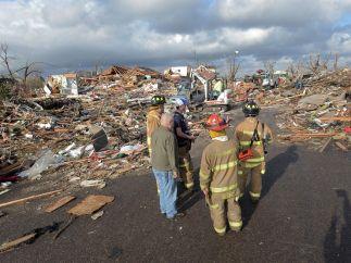 Calles enteras arrasadas por el tornado