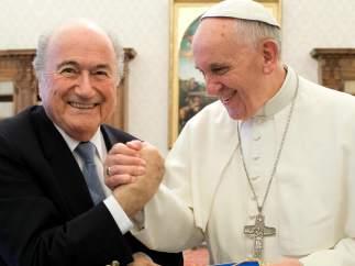 Joseph Blatter y el papa Francisco