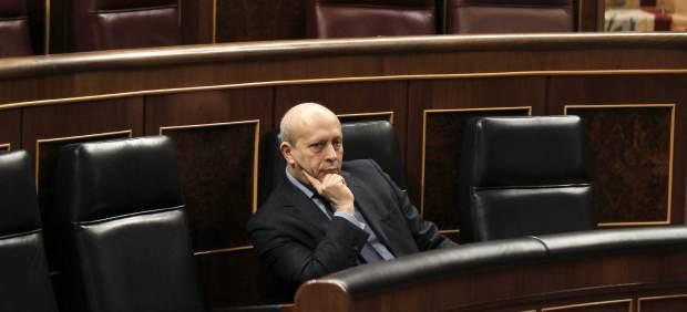 """El Congreso aprueba la 'ley Lassalle' entre críticas de """"chapuza"""" y """"desastre"""""""