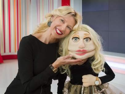 Anne Igartiburu y su 'clon' de 'Los Lunnis'.