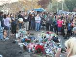 Tributo a Paul Walker en el lugar del accidente