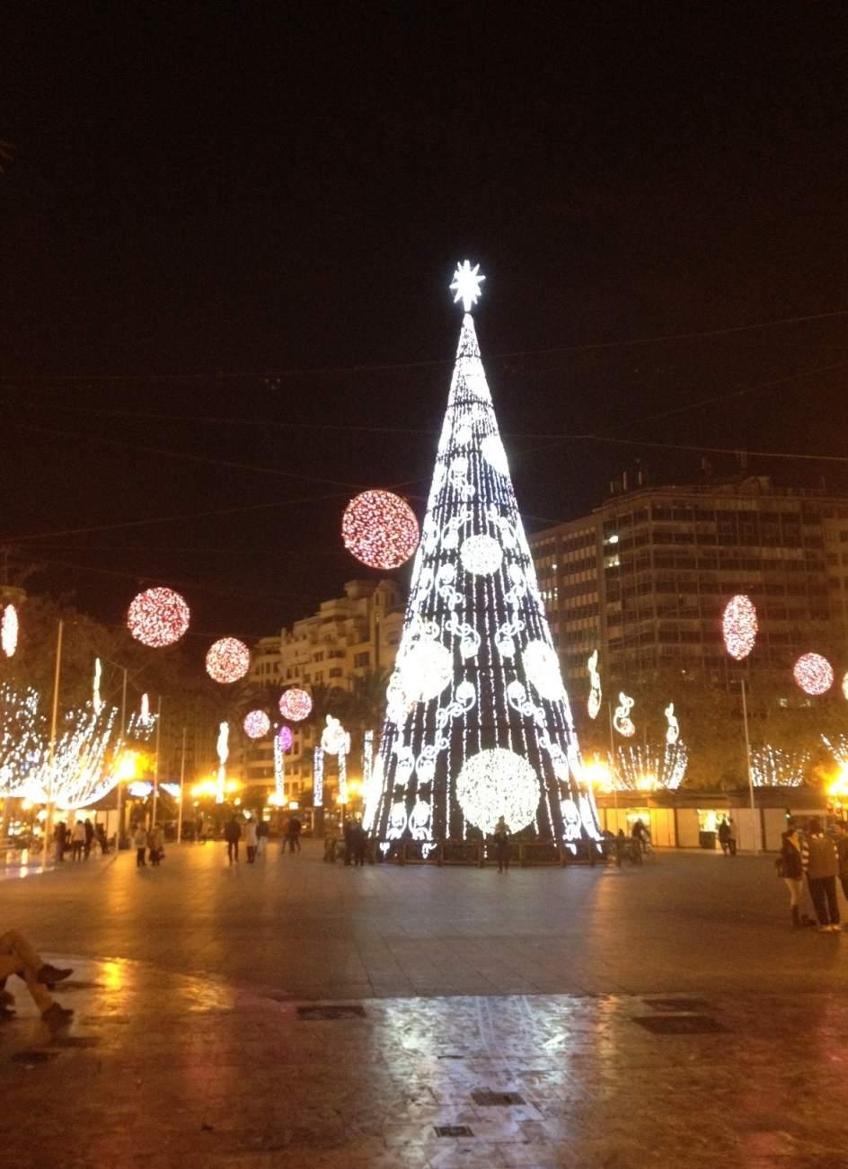Valencia gastar euros en las luces de navidad un - Iluminacion en valencia ...