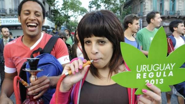 Urugay legaliza la marihuana