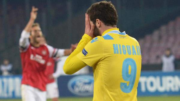 Higuain en el Nápoles - Arsenal
