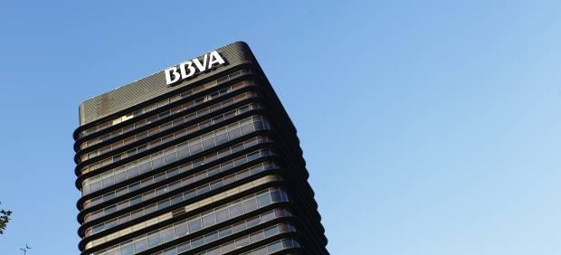 El bbva plantea un ajuste en catalunyacaixa que afecta a 2 for Oficinas de la caixa en bilbao