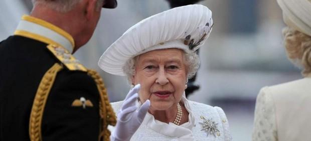 Un error en el Twitter de una periodista de la BBC dispara las alarmas sobre la salud de Isabel II