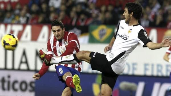 Koke y Parejo en el Atlético - Valencia