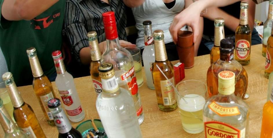 En inferior tagile la codificación del alcoholismo por el método dovzhenko en