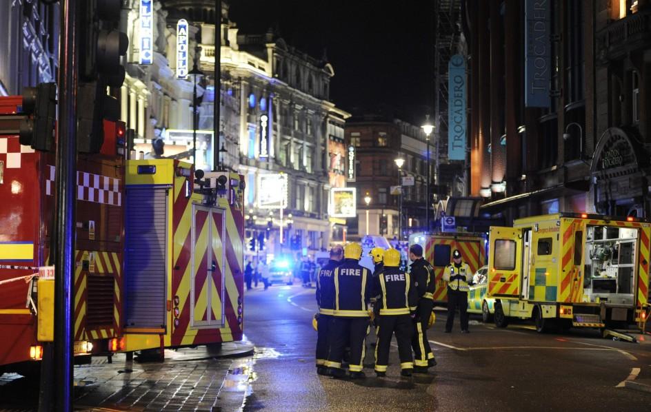 Se desploma parte de un teatro de Londres