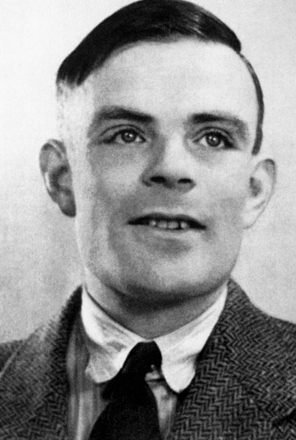 La Tormentosa Vida De Alan Turing El Genio De La Inform 225 Tica Condenado Por Ser Homosexual