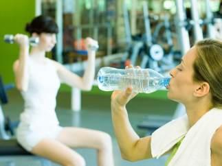 El ejercicio regular ayuda a mantener la mente despierta, a dormir mejor y a mejorar el funcionamiento cardiopulmonar